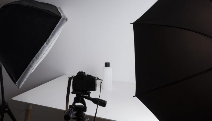 interior-professional-photo-studio-while-shooting-bottle